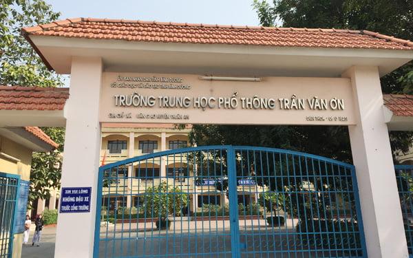 Trường THPT Trần văn ơn