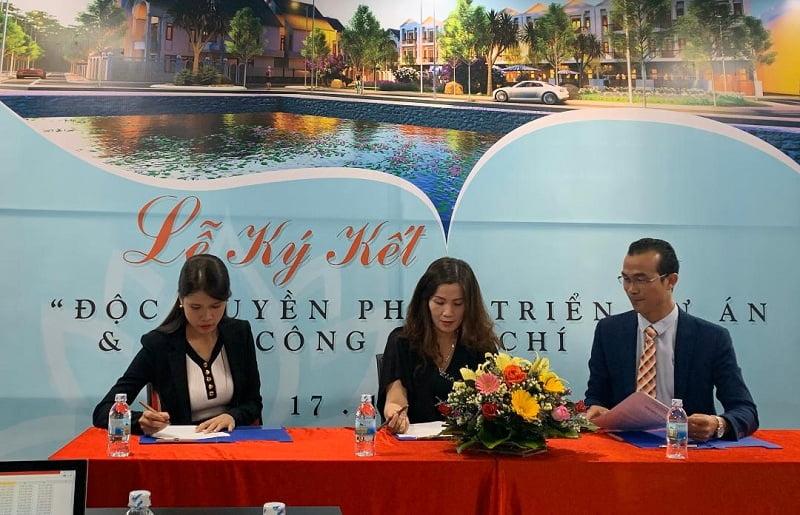 Lễ ký kết hợp đồng hợp tác đầu tư độc quyền phát triển dự án án Khu dân cư Chí Lành